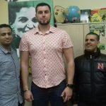 Александр Ионов с йеменскими друзьями